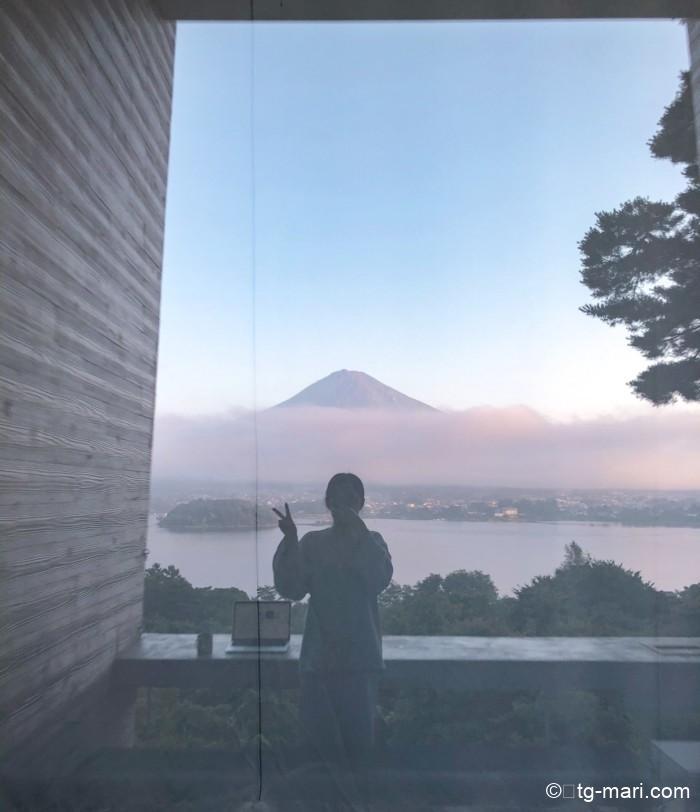 星のや富士の朝の富士山
