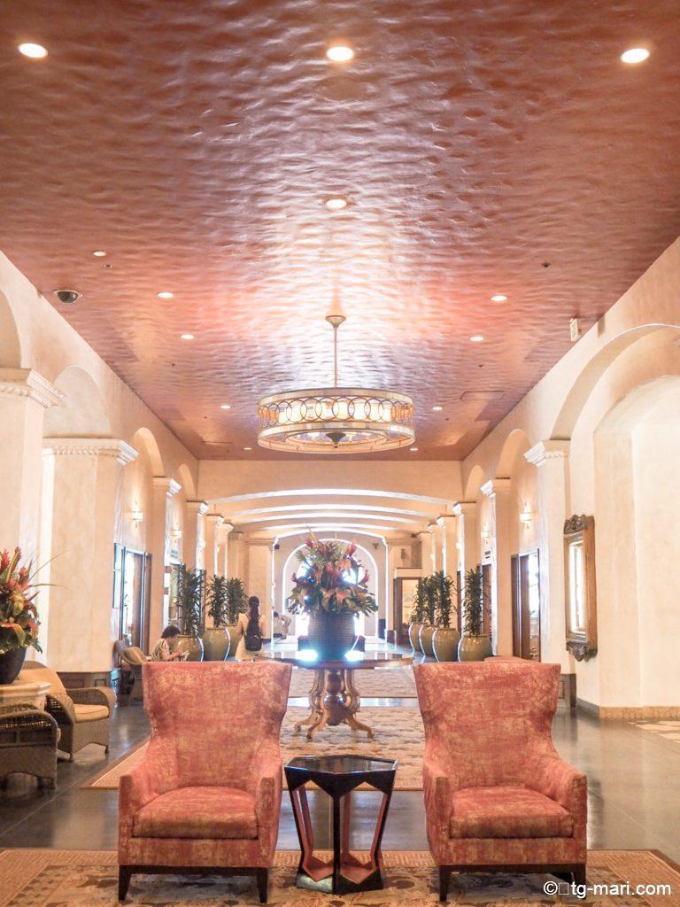 ハワイの有名ホテル「ロイヤルハワイアン」