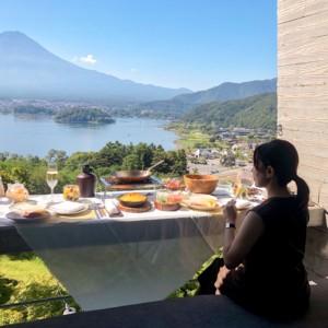 【星のや富士の朝食】夏季限定「グランピングフルーツ朝食」