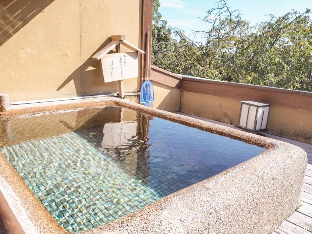 坐漁荘の温泉