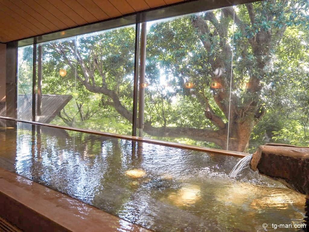 坐漁荘大浴場