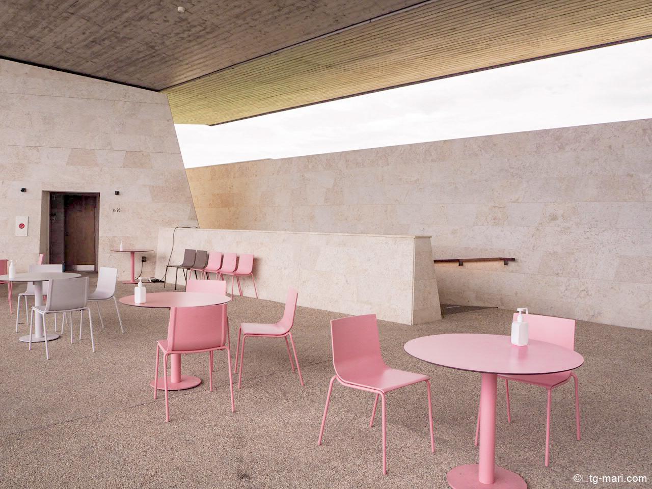 バンタカフェの大屋根デッキ