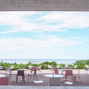 【星野リゾート 】星のや沖縄に隣接する国内最大級の海カフェ「バンタカフェ」