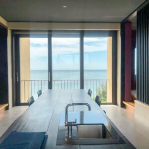 【星のや沖縄のお部屋】目の前に海を感じる客室-フゥシの魅力をご紹介